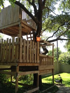 This is a treehouse we actually saw at one house!
